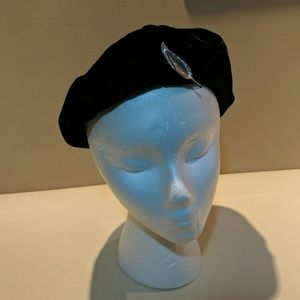 Vintage Beret with Leaf pin